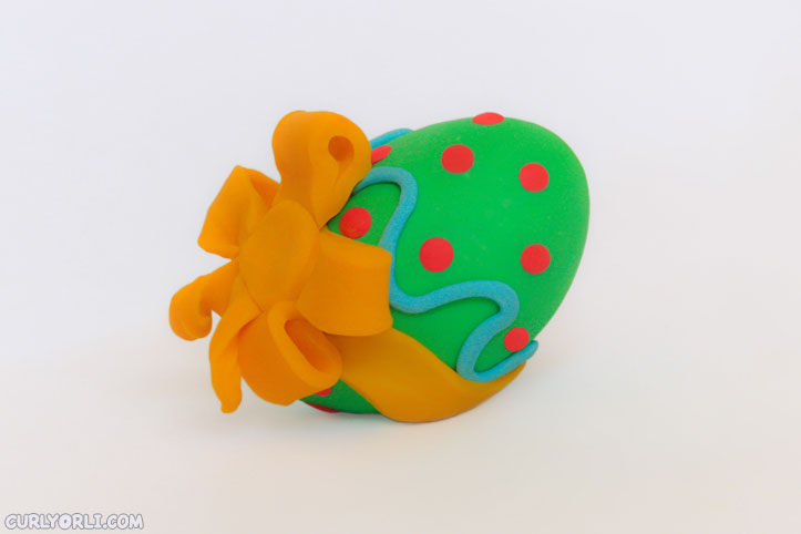 How to make your own plasticine Easter Egg